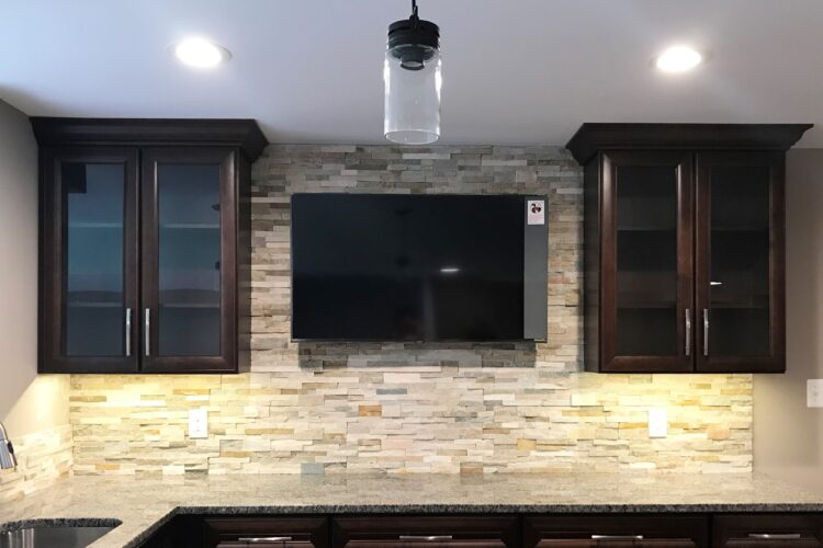 Adding a Backsplash to Your Kitchen